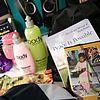 https://cdn.justjared.comgrammy-gift-bags-2007-16.jpg