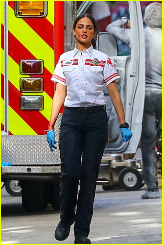 Eiza Gonzalez on Ambulance set