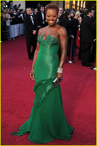 Viola Davis at the 2012 Oscars