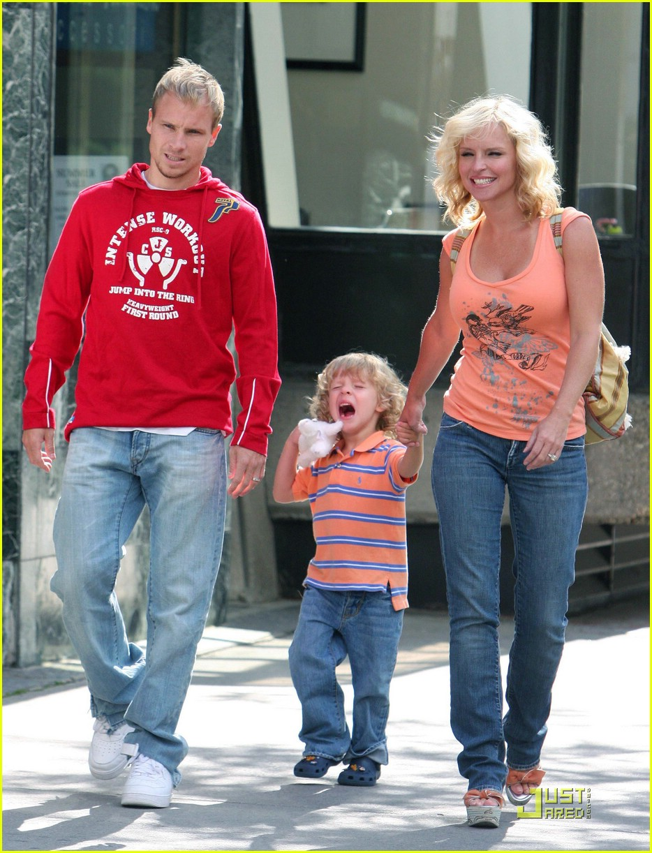 Brian Littrell Oh Baby Baby Baylee Photo 1326061 Baylee Littrell Brian Littrell Pictures Just Jared