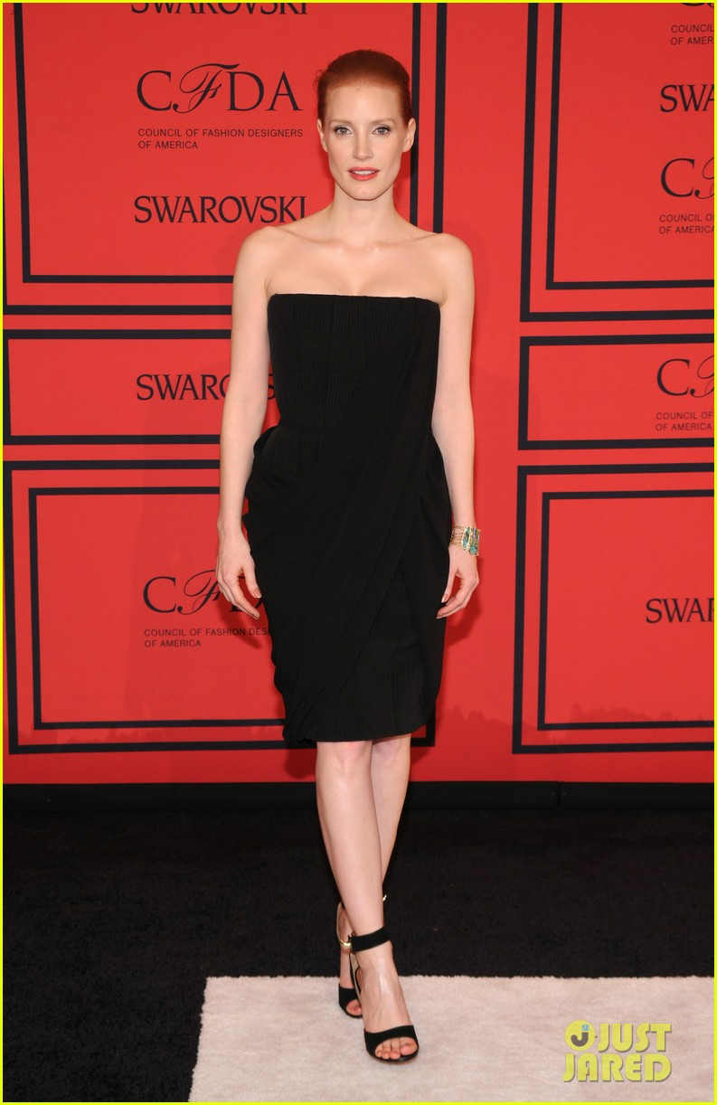 jessica chastain cfda fashion awards 2013 red carpet 082883788