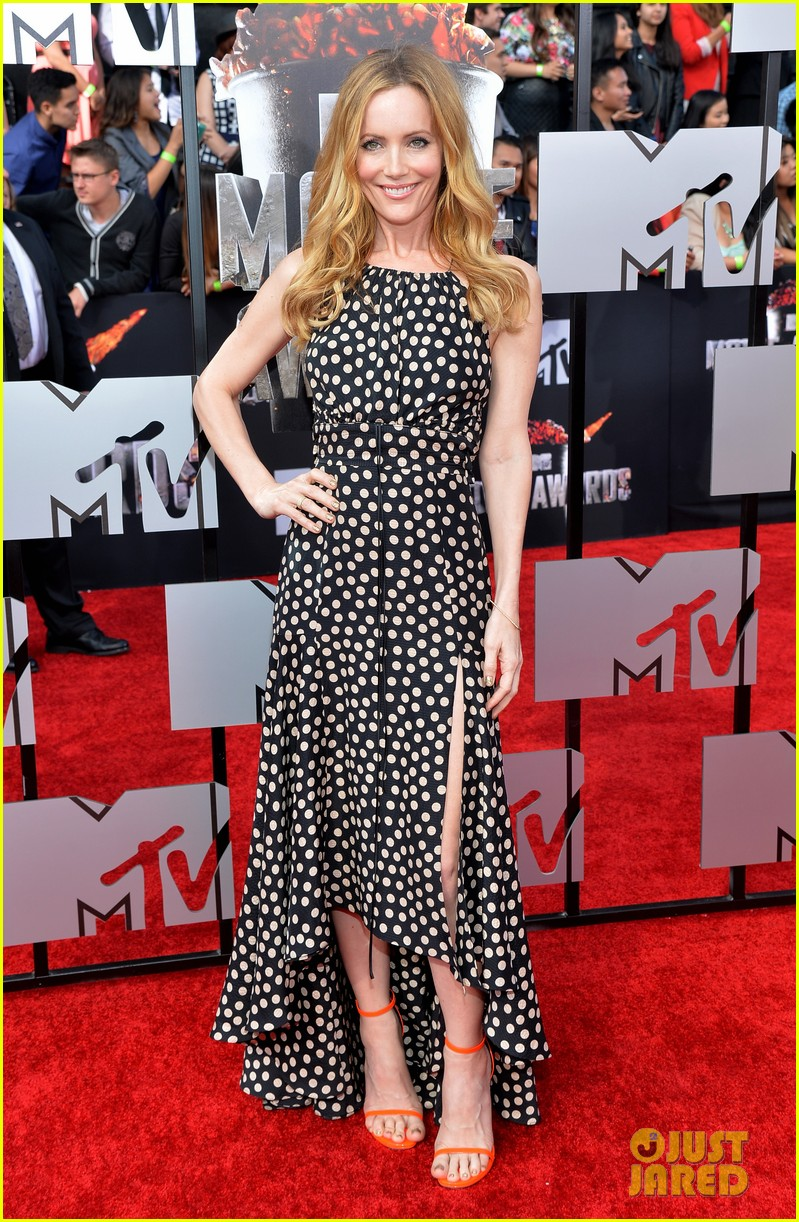 leslie mann brings the whole family to the mtv movie awards 2014 073091114