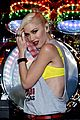 gwen stefani gavin rossdale rock out at kroq almost acoustic christmas 04