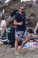 leonardo dicaprio continues st barts trip surrounded by women 41