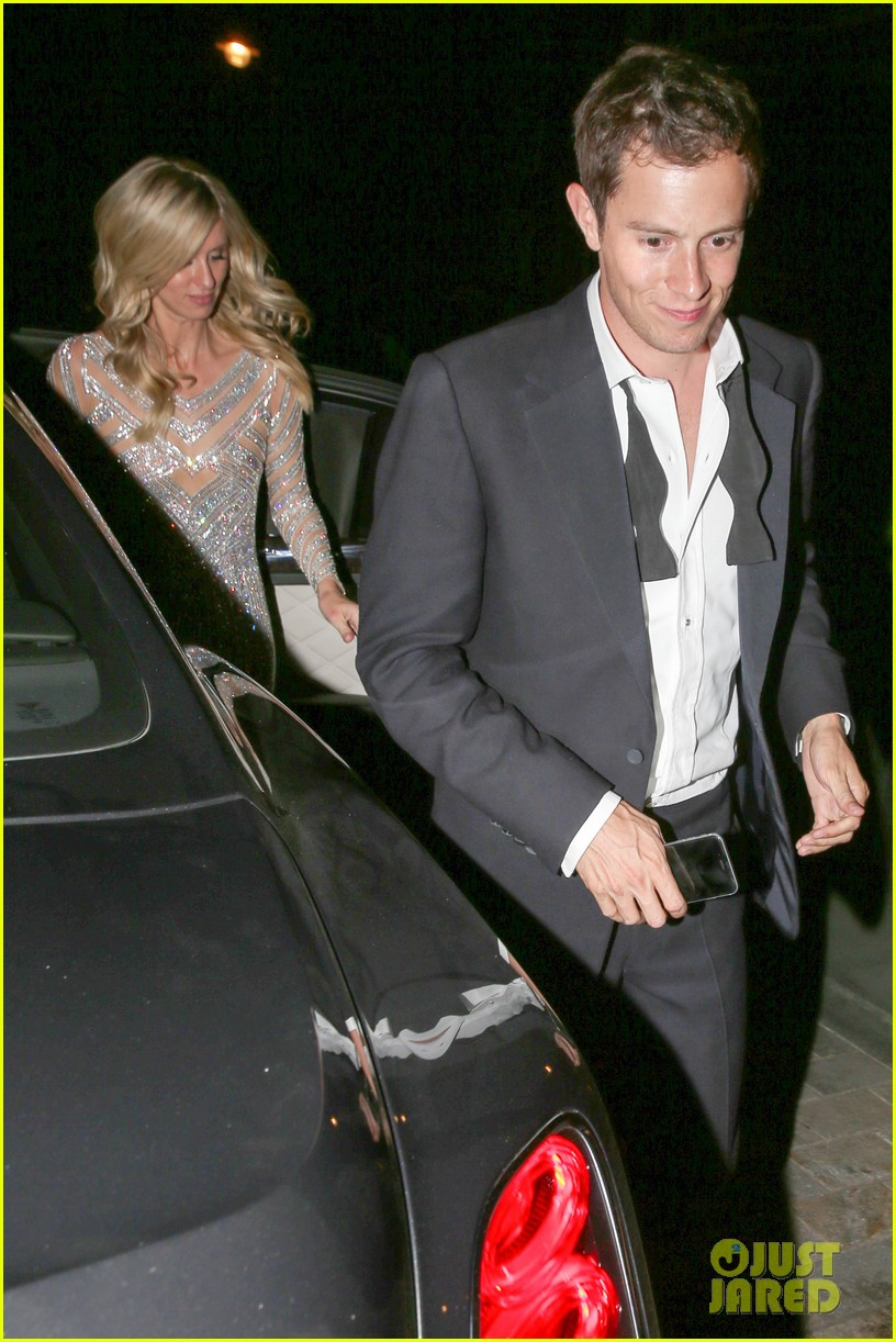 nicky hilton changes into short dress after her wedding 033413246
