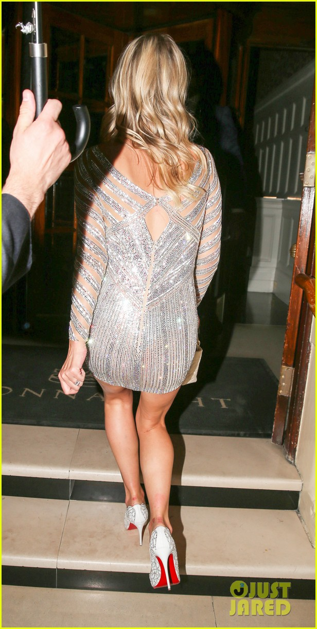nicky hilton changes into short dress after her wedding 133413256