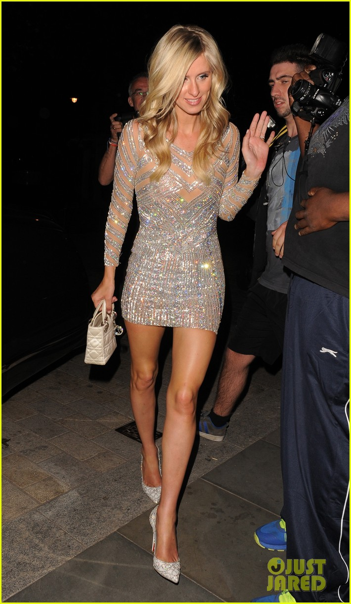 nicky hilton changes into short dress after her wedding 203413263
