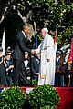 president obama welcomes pope francis to the white house 01