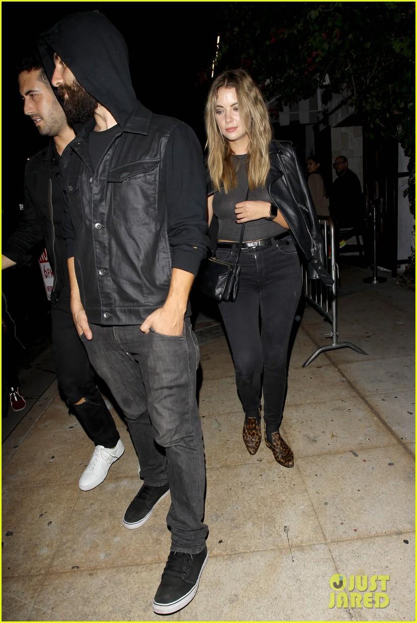 Taylor Lautner Hits Hollywood Nightclub With Ashley Benson