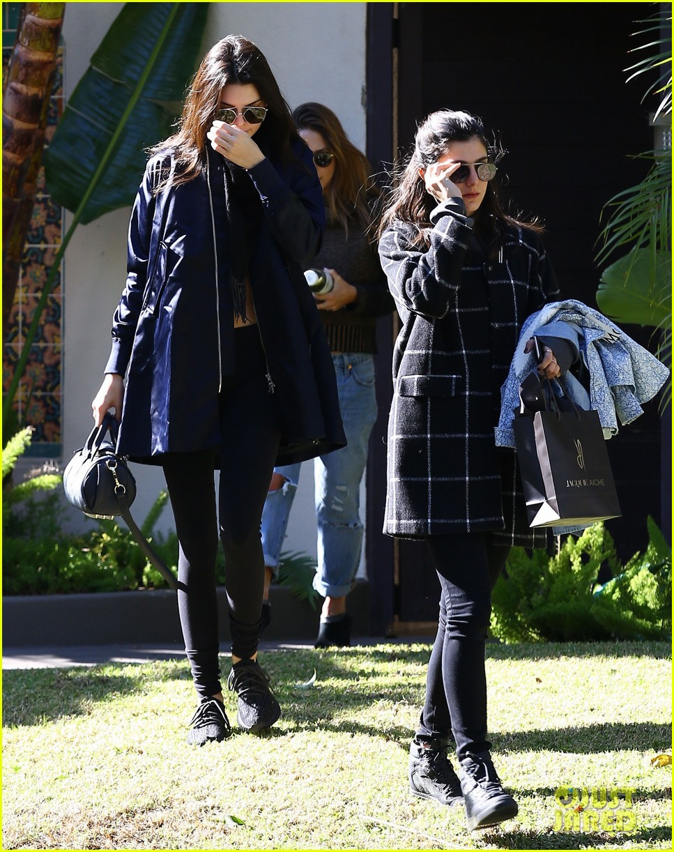 kendall jenner spend more time kylie jenner sep outings 043532487