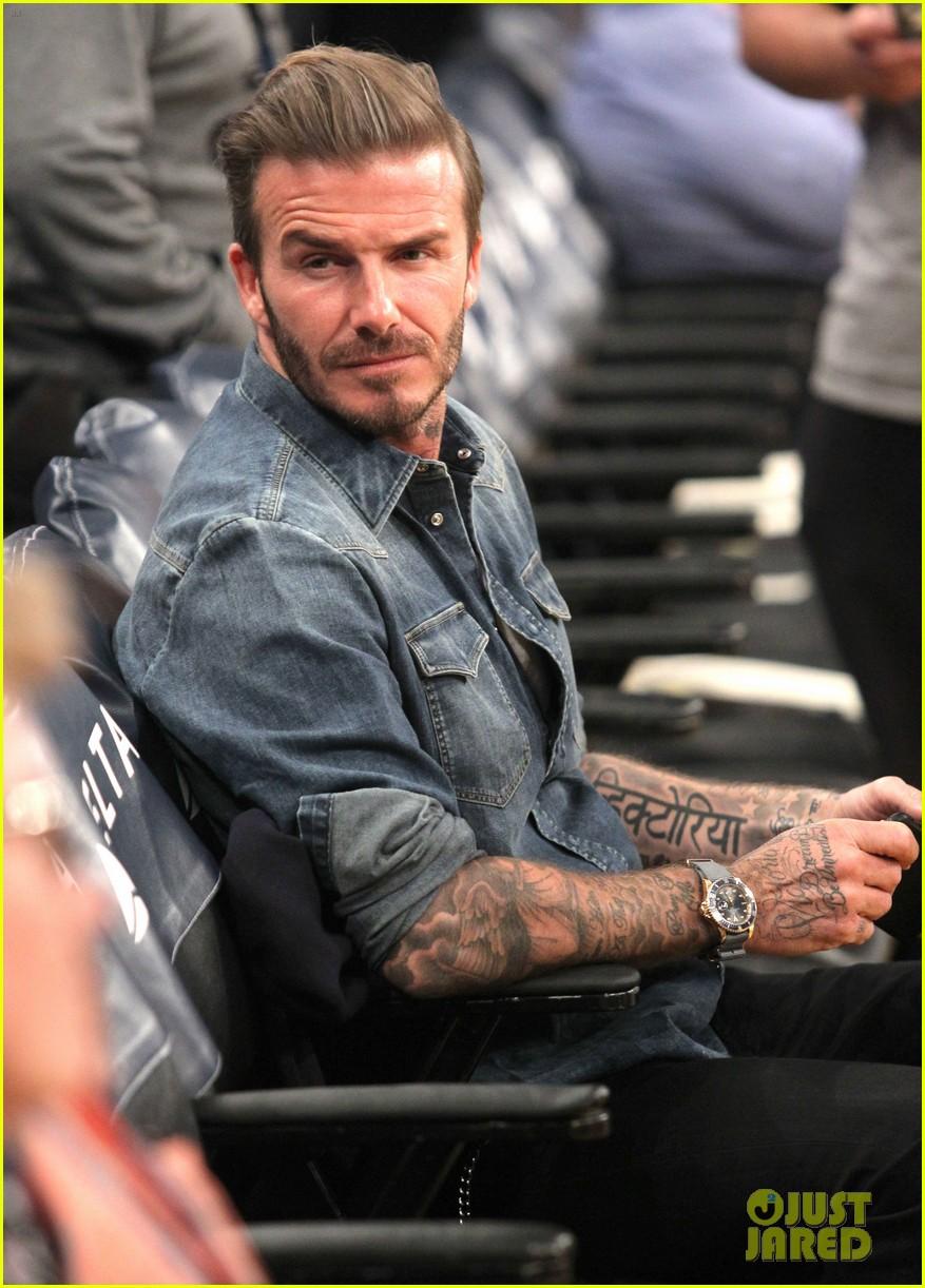 David Beckham Sits Courtside With Romeo Cruz Photo Brooklyn Beckham Celebrity Babies Cruz Beckham David Beckham Romeo Beckham Victoria Beckham Pictures Just Jared