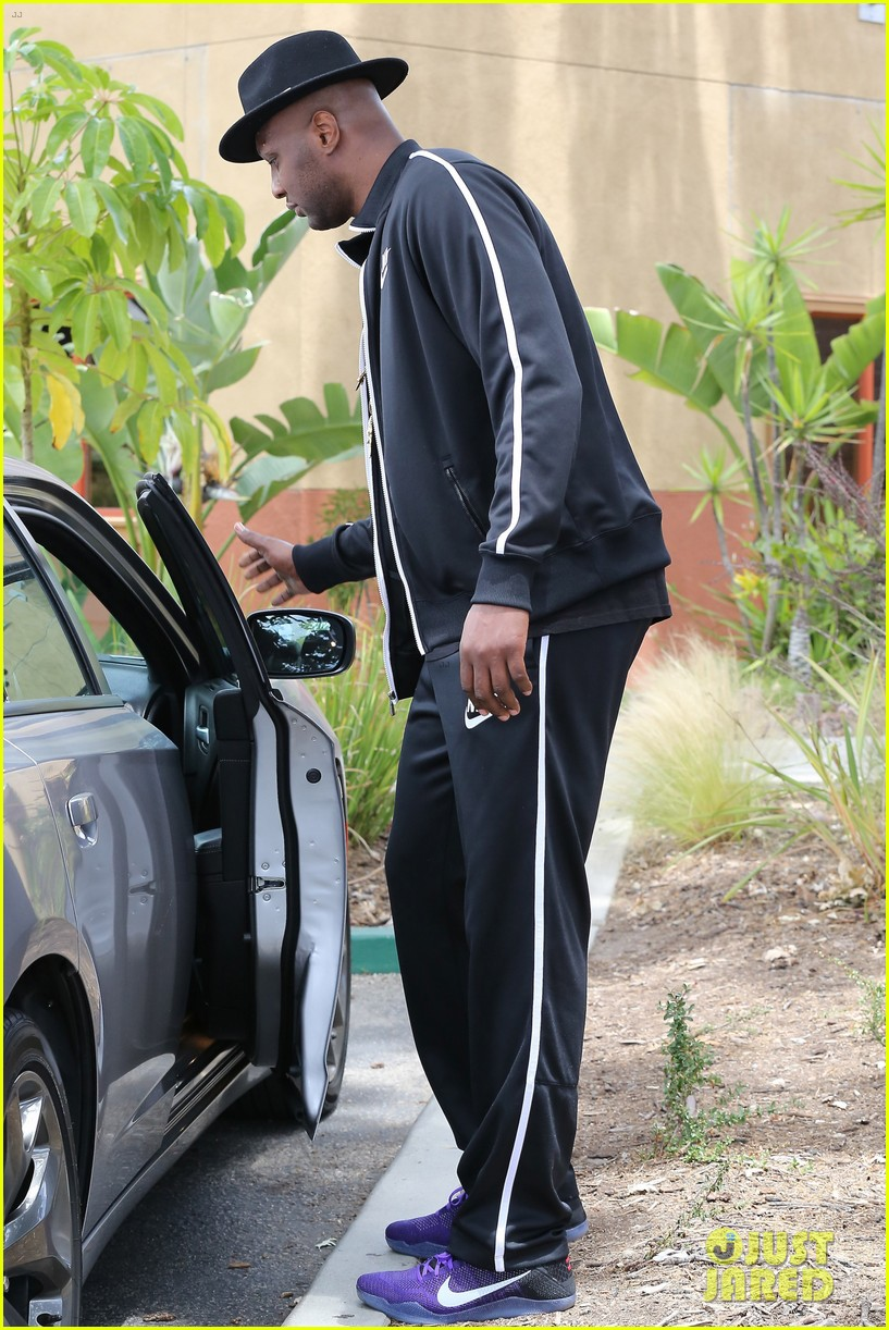 khloe kardashian says divorcing lamar odom was a challenge 083662034