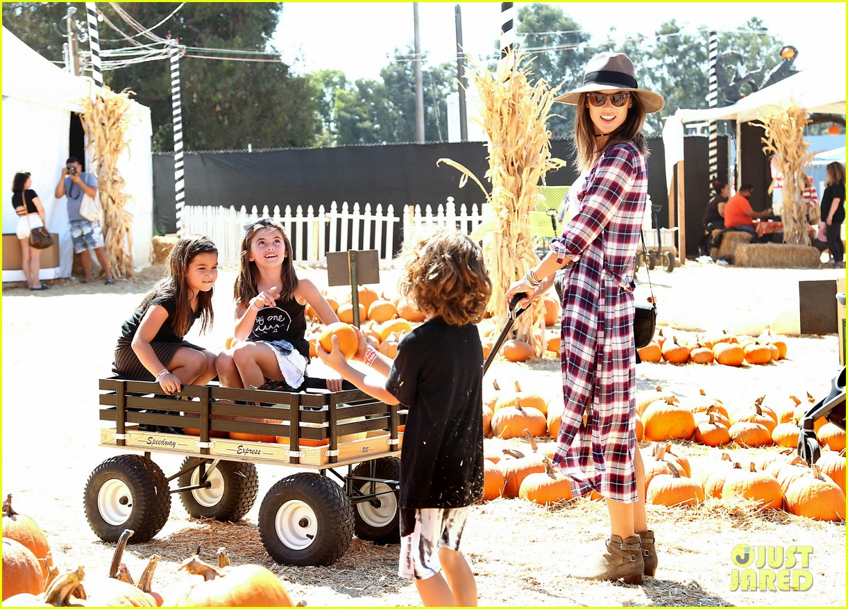 alessandra ambrosio visits a pumpkin patch with her kids 063782597