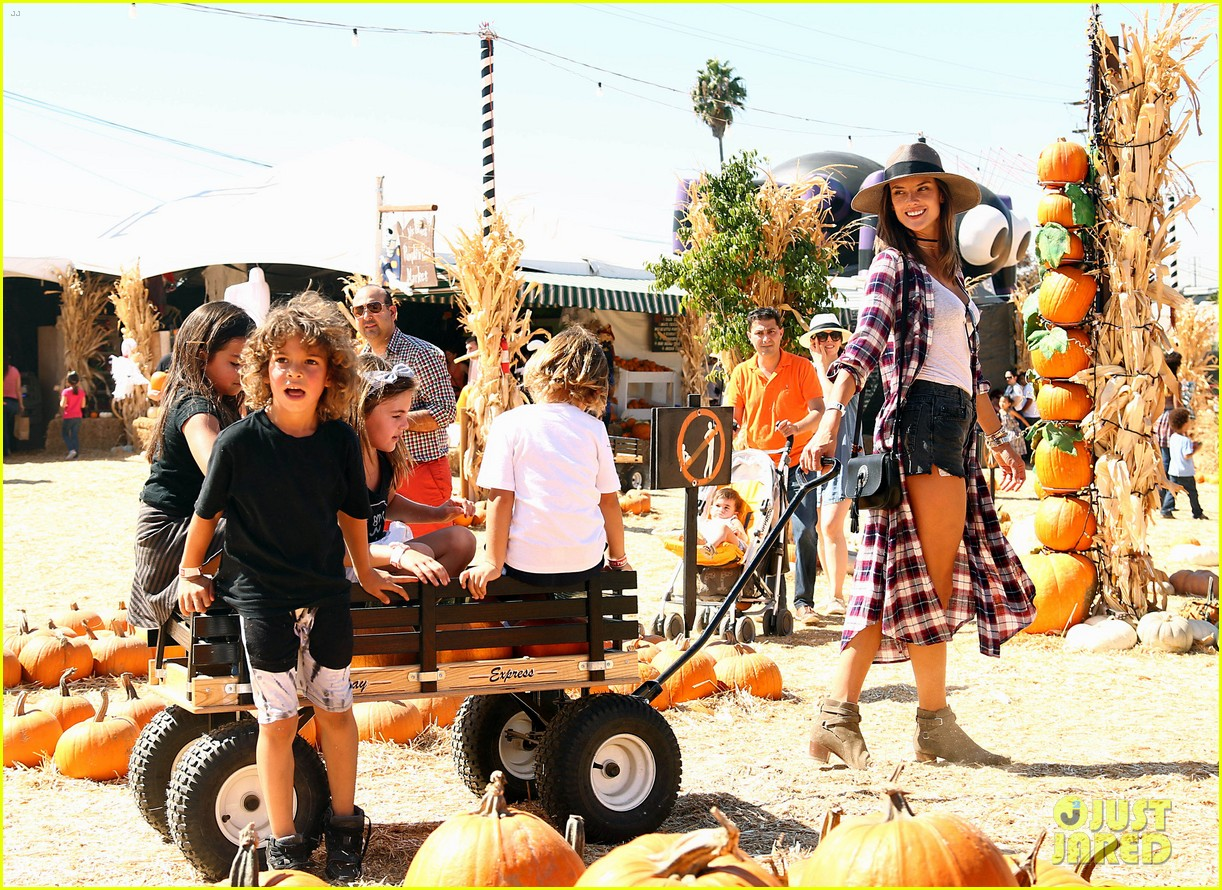 alessandra ambrosio visits a pumpkin patch with her kids 073782598
