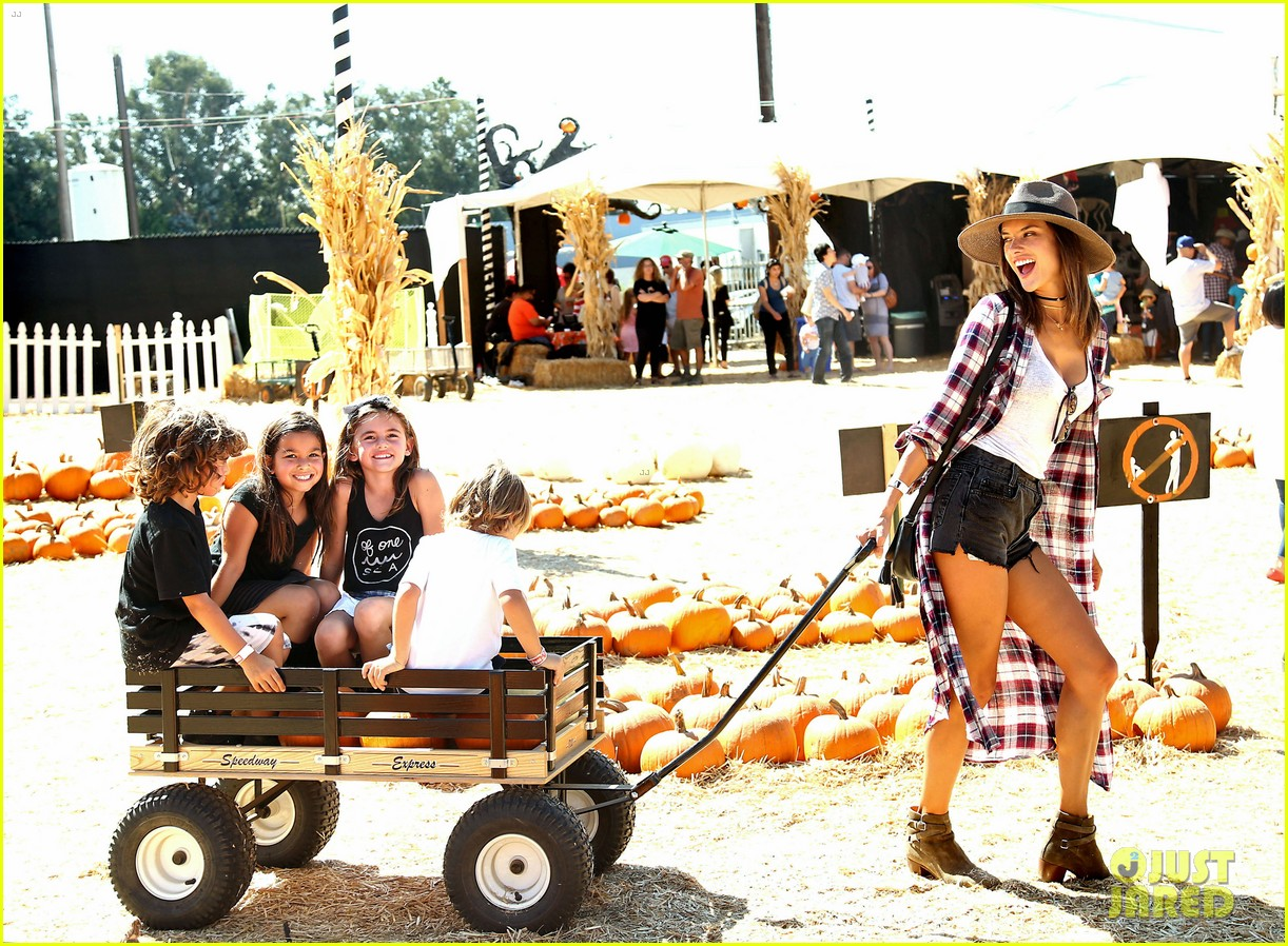 alessandra ambrosio visits a pumpkin patch with her kids 083782599