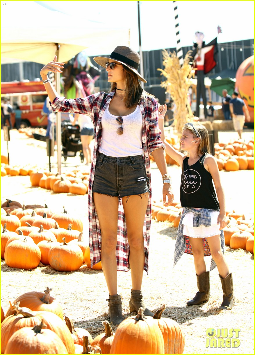 alessandra ambrosio visits a pumpkin patch with her kids 173782608