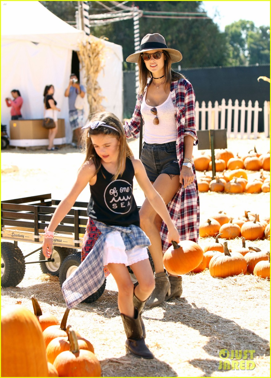 alessandra ambrosio visits a pumpkin patch with her kids 183782609