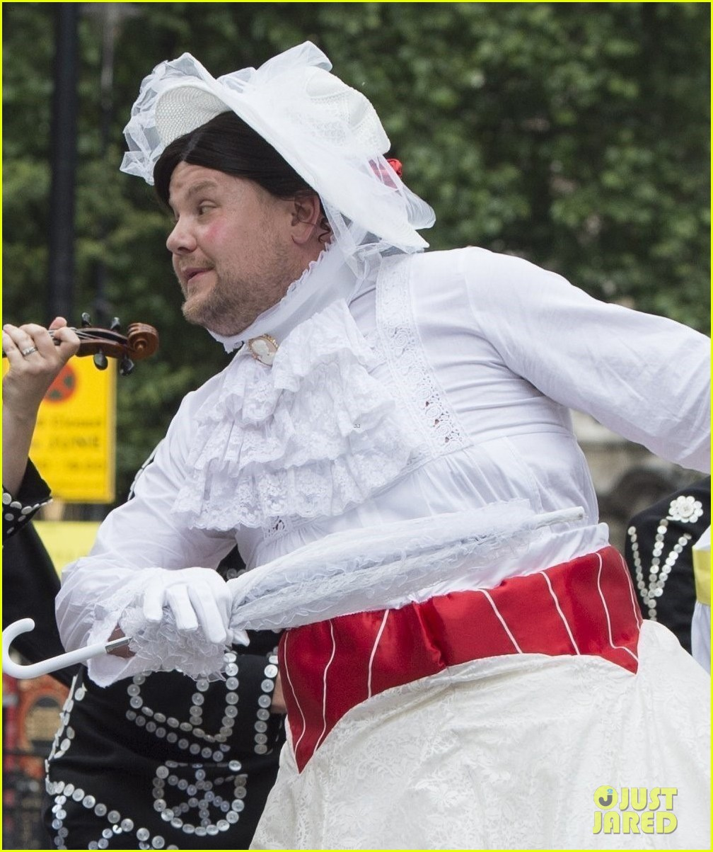 james corden films mary poppins skit with ben kingsley 043907763