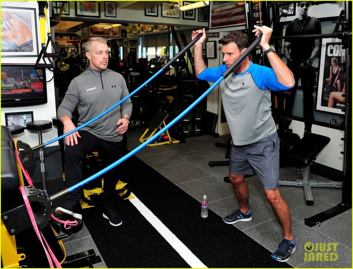 scott foley takes us into his workout with gunnar peterson 083933875