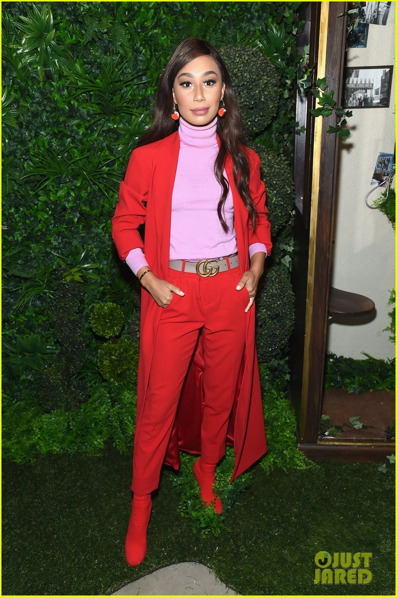 demi moore joins her daughters at alice olivia nyfw show 123955780