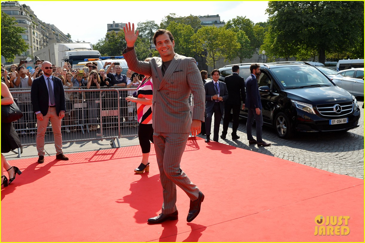 tom cruise henry cavill mission impossible fallout premiere 184113713