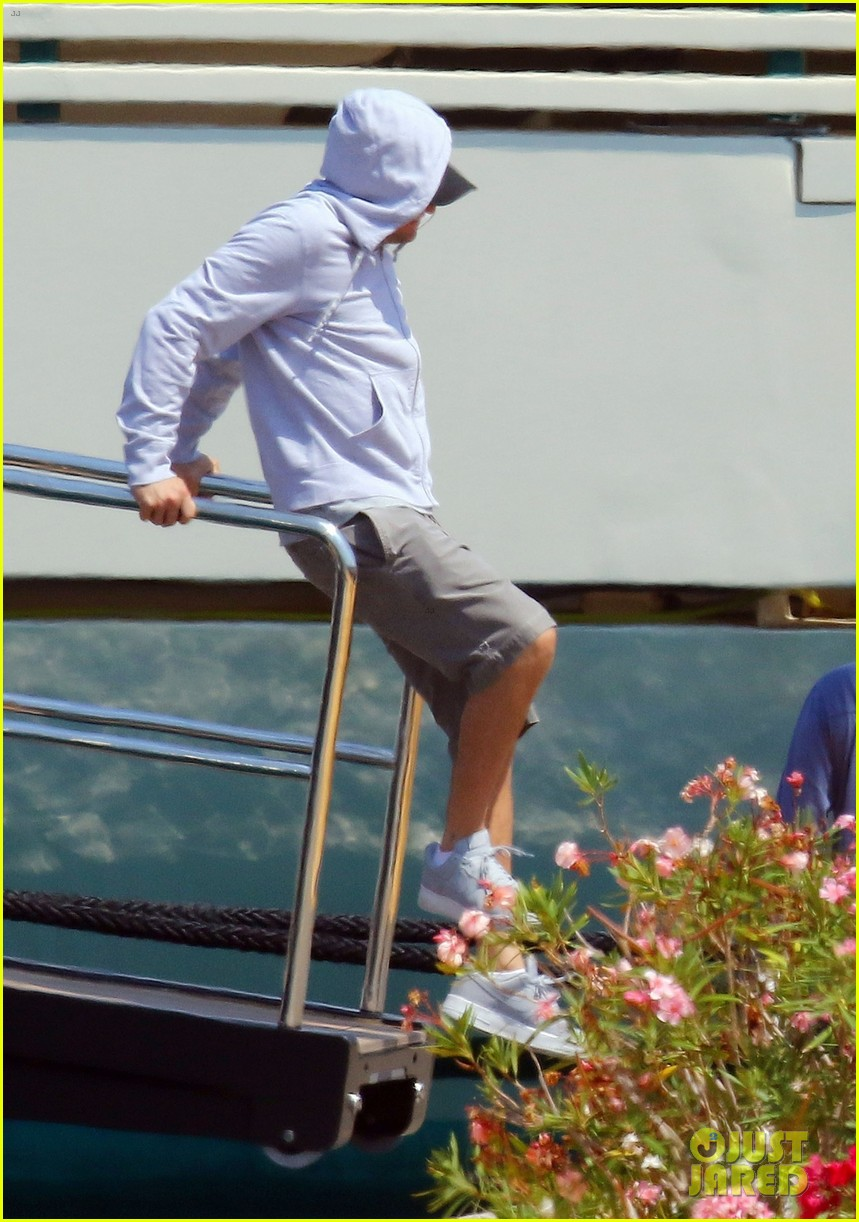 leonardo dicaprio relaxes on a yacht with camila morrone 034123187