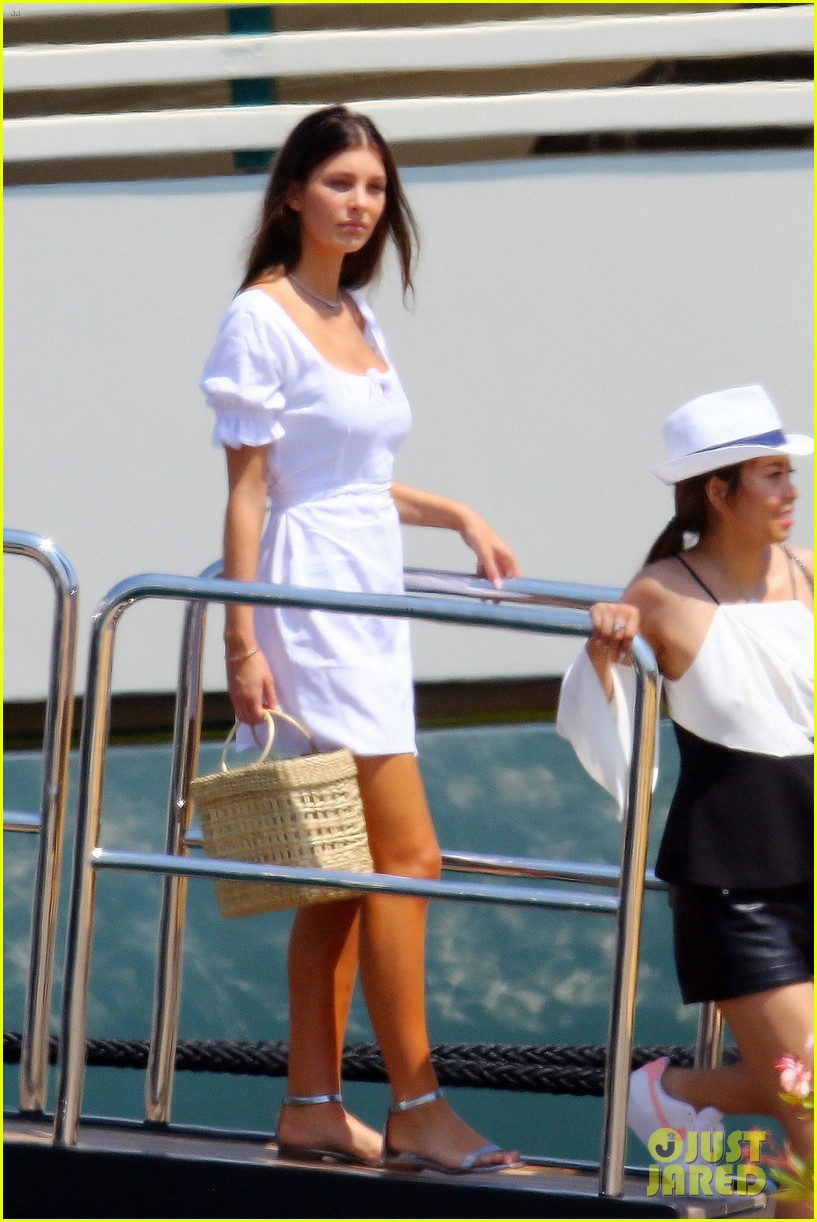 leonardo dicaprio relaxes on a yacht with camila morrone 044123188