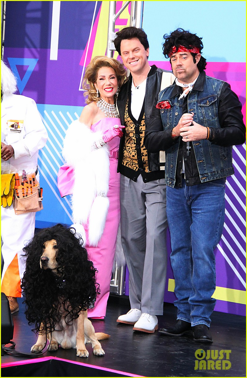 today show hosts show off their 80s inspired halloween costumes 08
