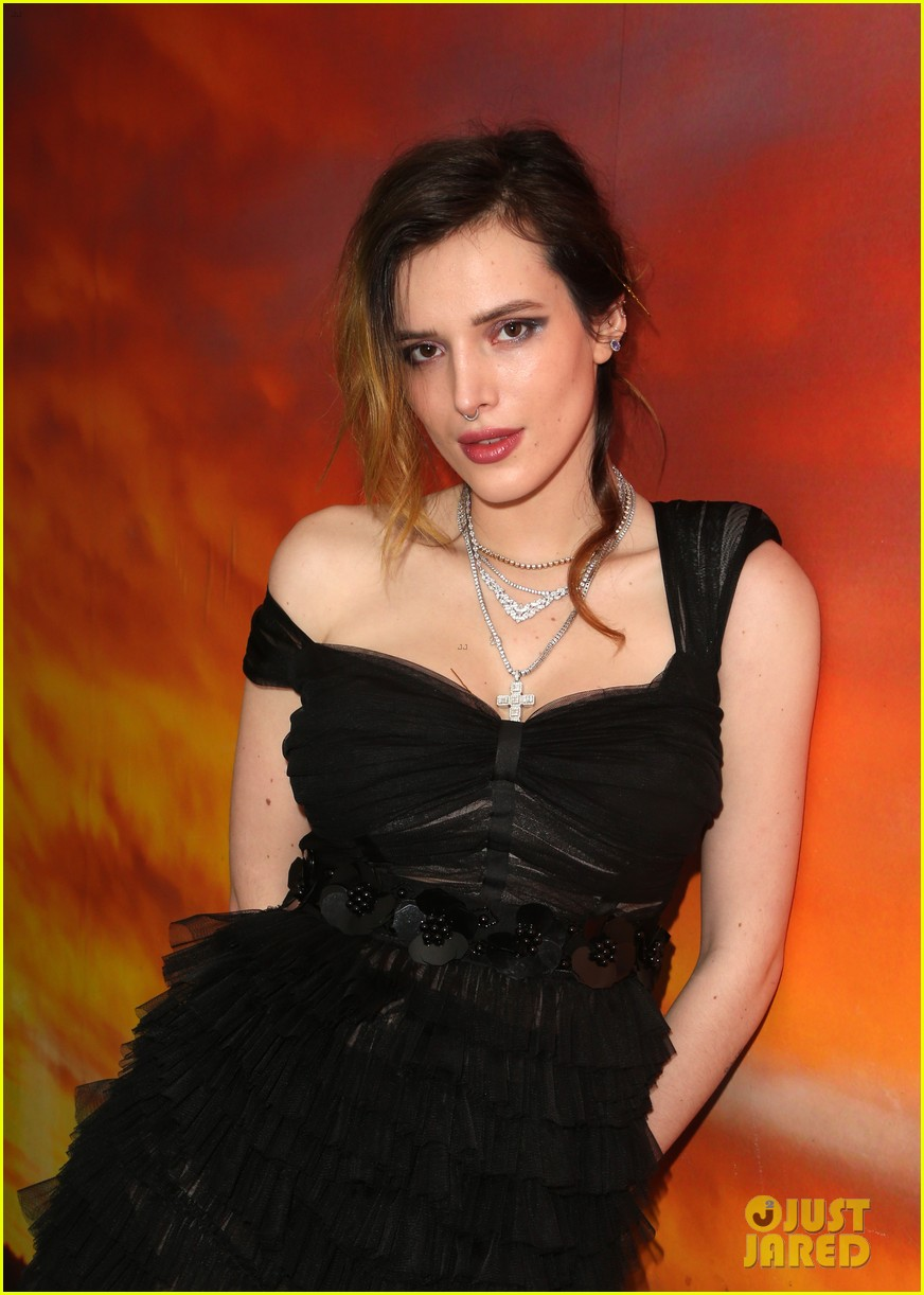 bella thorne filming italy festival pics 234221456