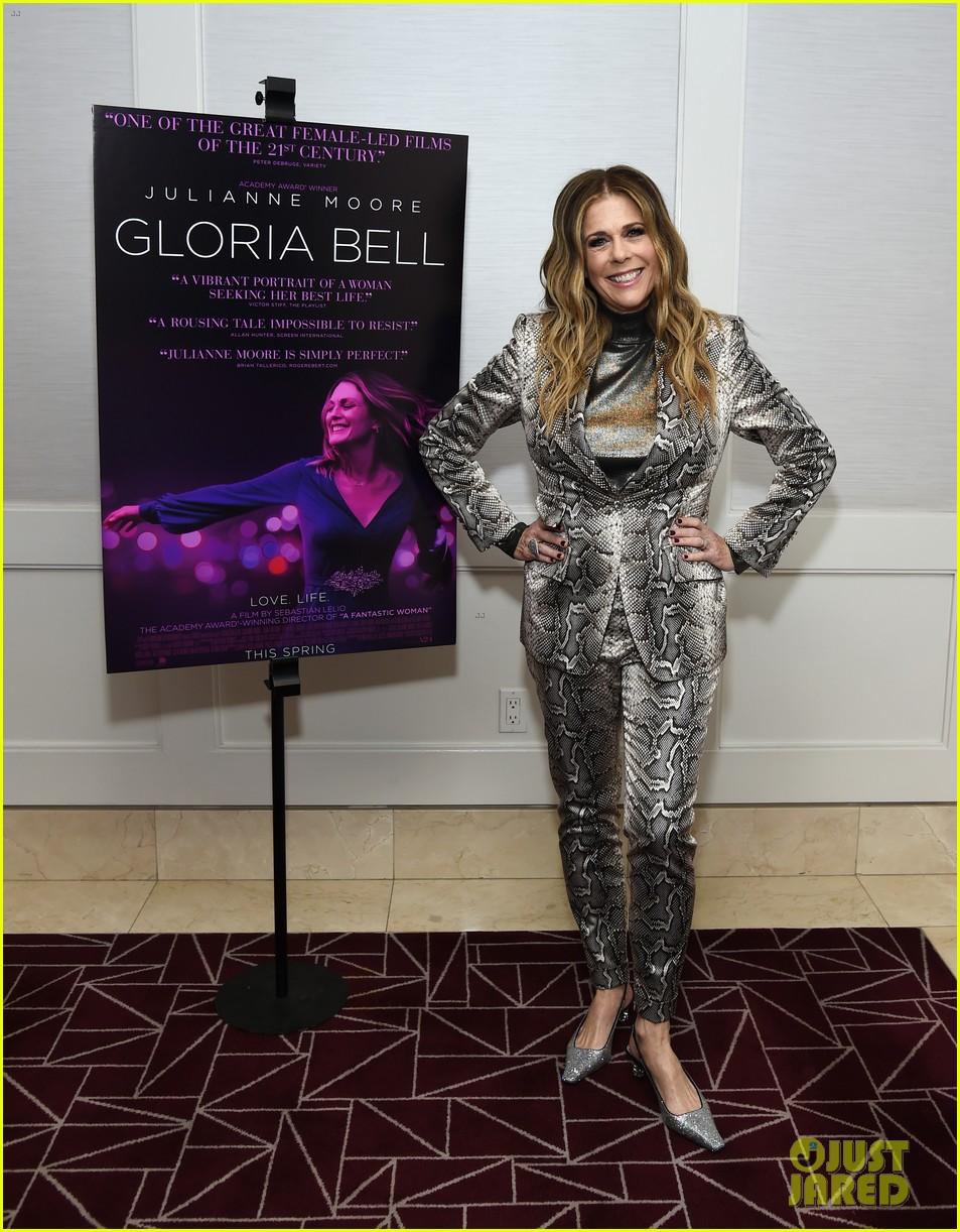 rita wilson holland taylor brad garrett gloria bell screening 074249159