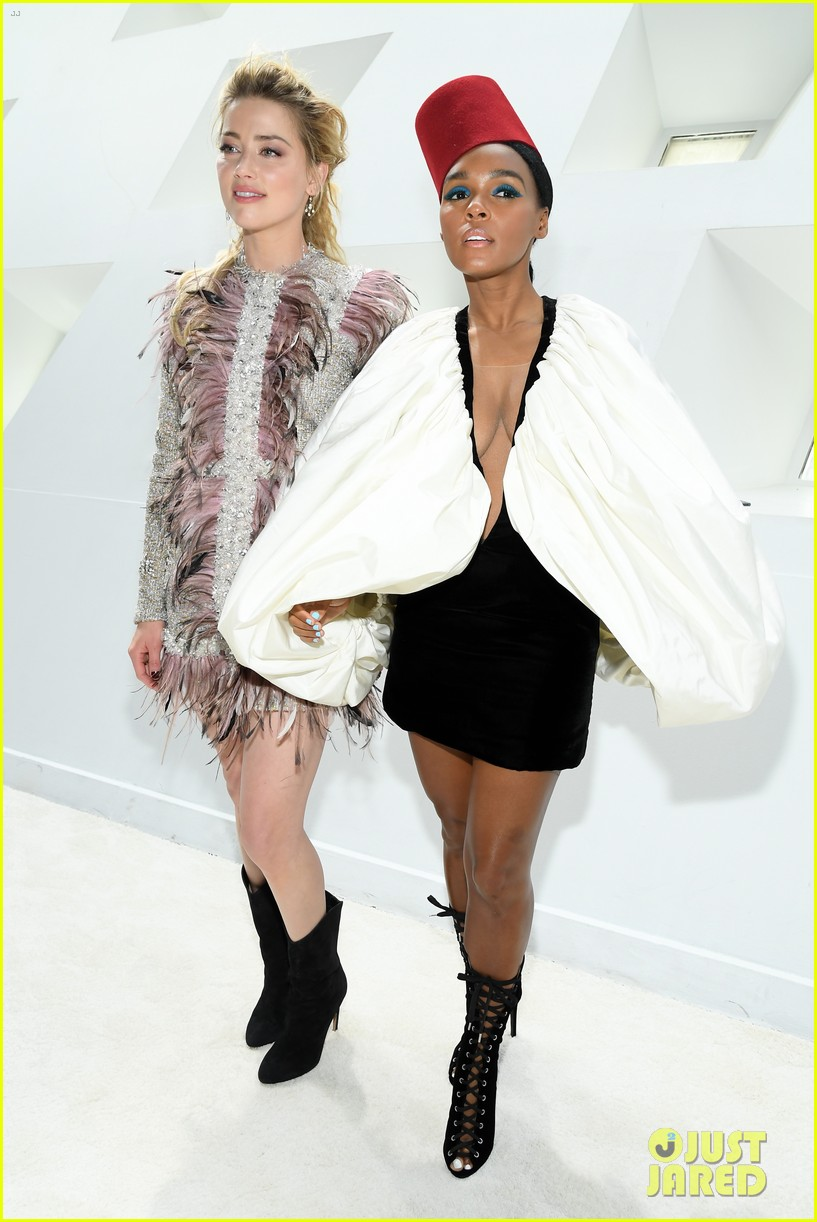 amber heard janelle monae buddy up at giambattista valli paris fashion show 014251212
