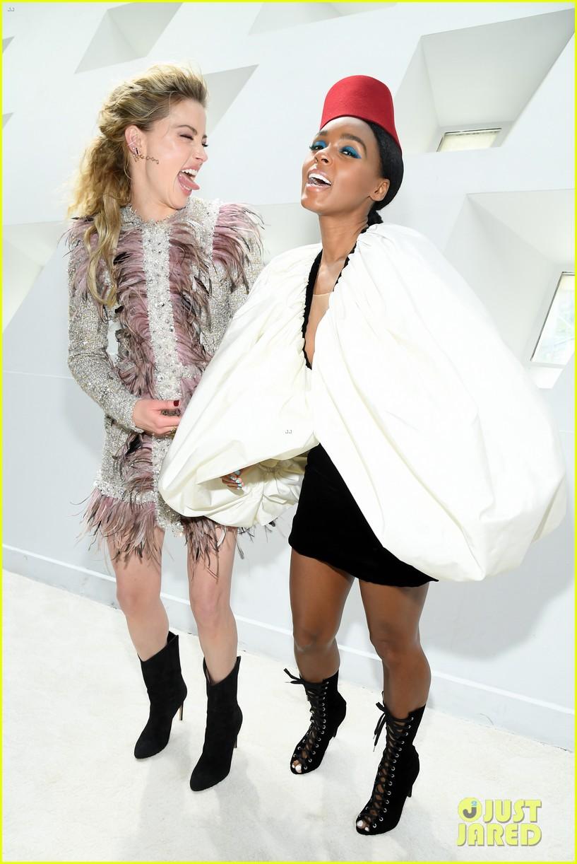 amber heard janelle monae buddy up at giambattista valli paris fashion show 174251228