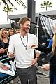 chad michael murray at extra with sarah roemer 03