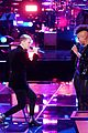 Photo 4 of This 'Voice' Battle Was So Good That Both Singers Advanced!