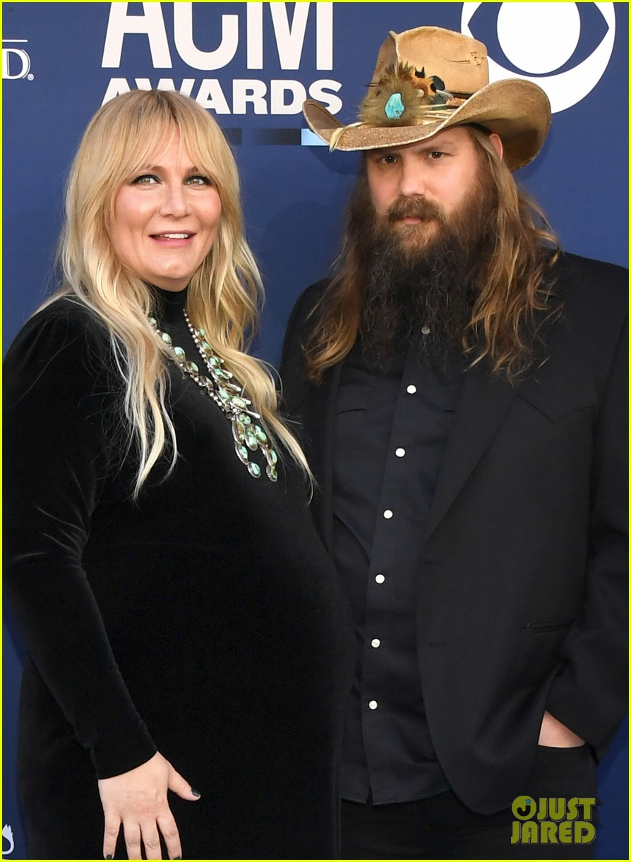 chris stapleton pregnant wife morgane acm awards 014268949