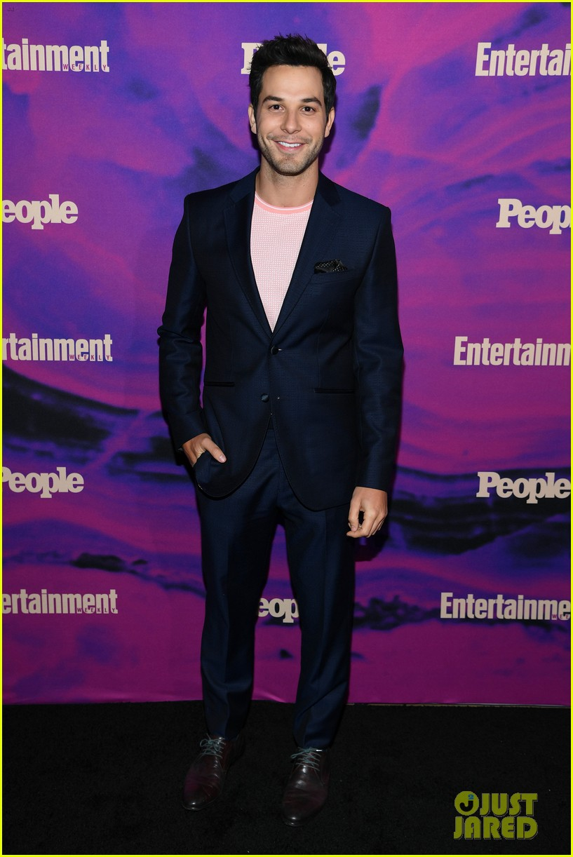 julianne hough josh dallas more tv stars celebrate upfronts at ew people party 214290831