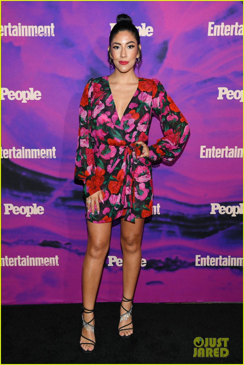 julianne hough josh dallas more tv stars celebrate upfronts at ew people party 364290846
