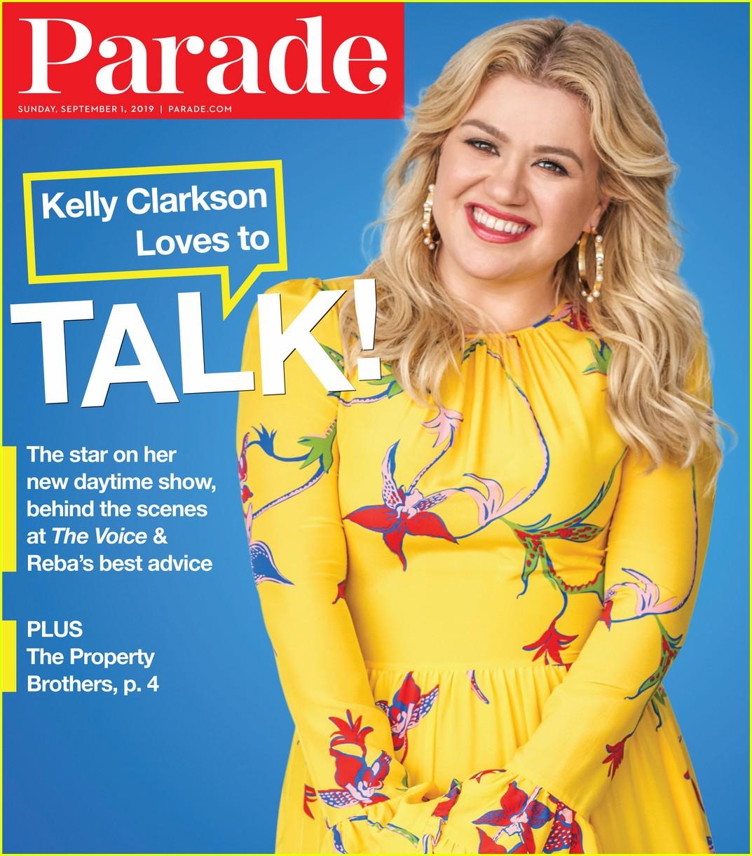 kelly clarkson parade magazine4342442