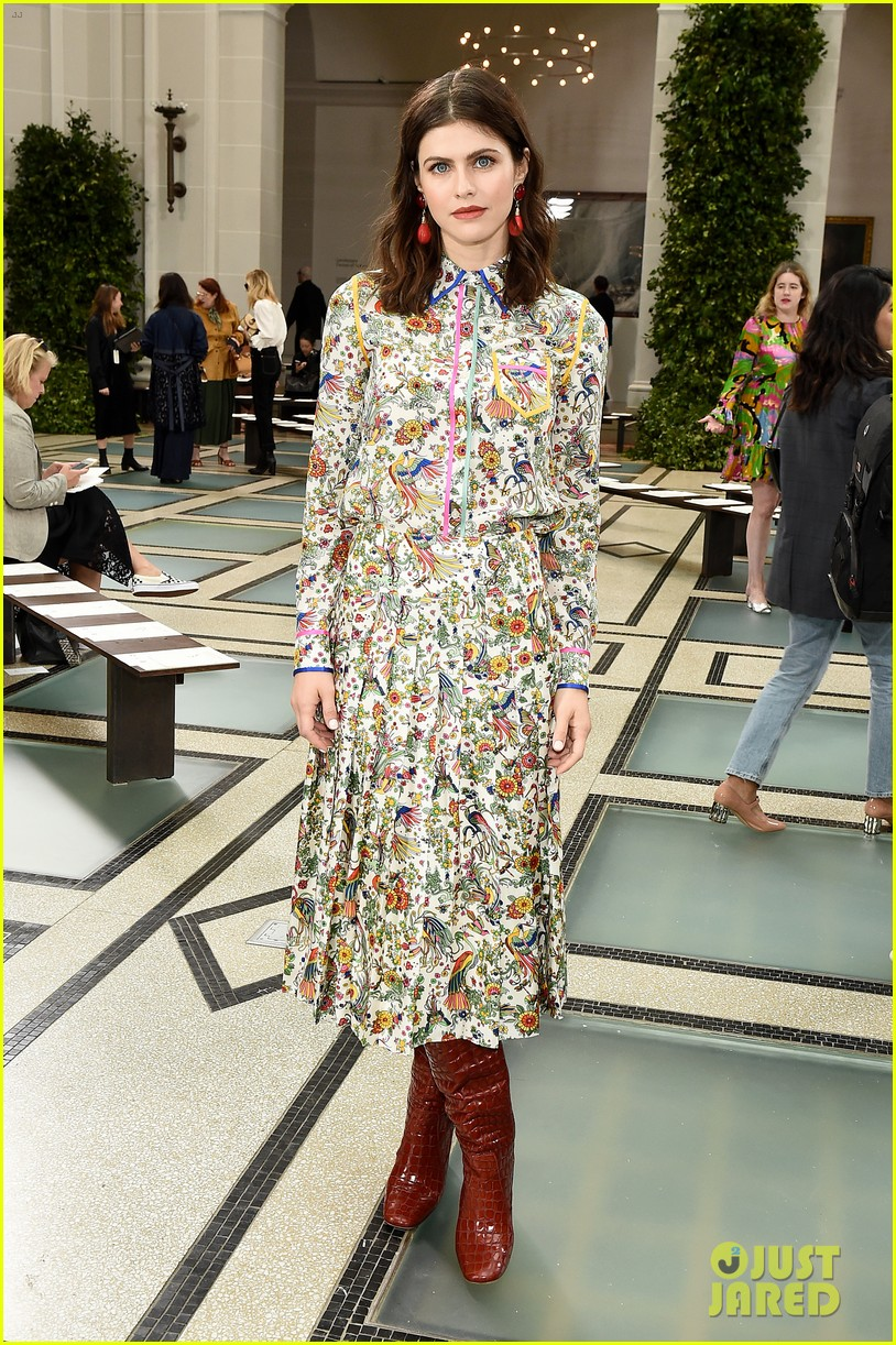 emily blunt others tory burch nyfw show 144348331