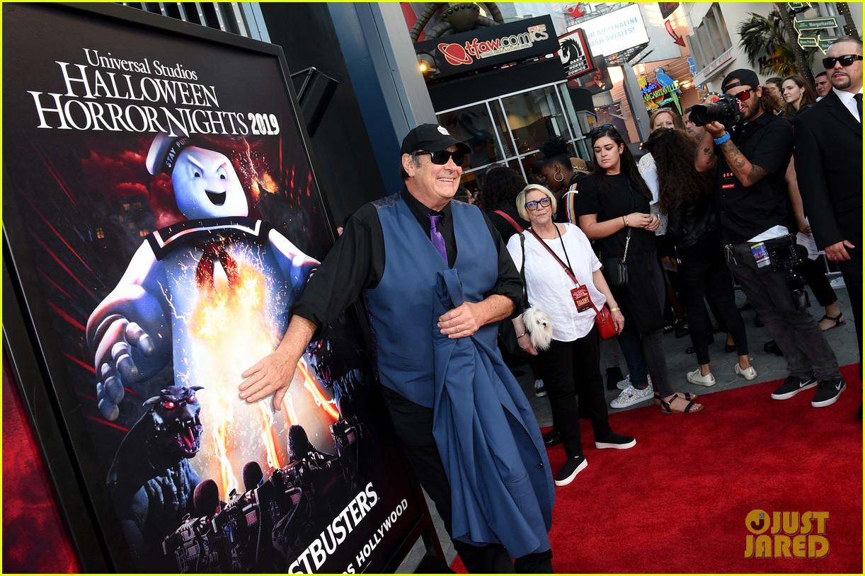 universal halloween horror nights opening night 074353854