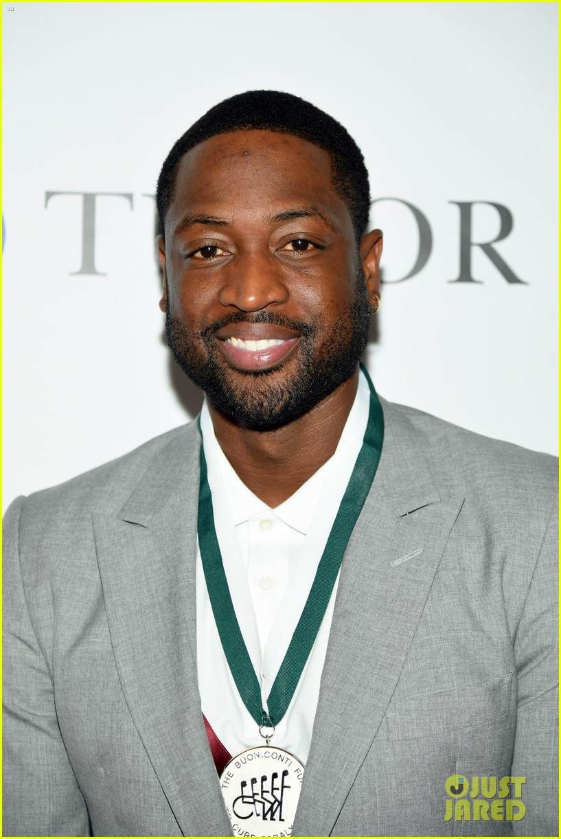 dwyane wade and lindsey vonn team up for great sports legends dinner paralysis 144367604