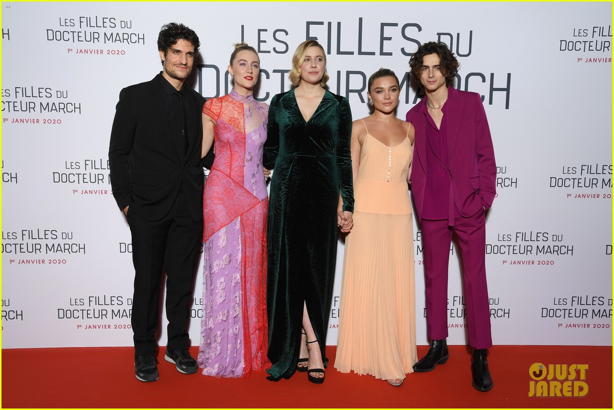 timothee chalamet little women paris premiere saoirse ronan florence pugh 034401909