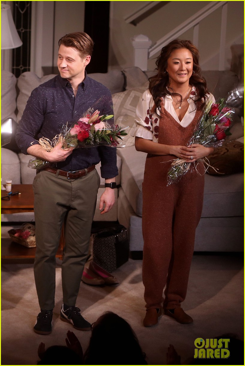ben mckenzie gets support from wife morena baccarin at broadway debut in grand horizons 154421100
