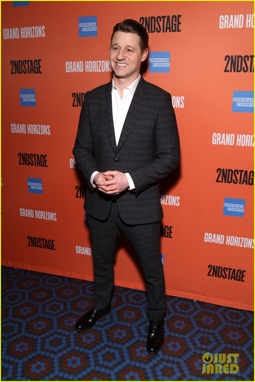 ben mckenzie gets support from wife morena baccarin at broadway debut in grand horizons 294421114