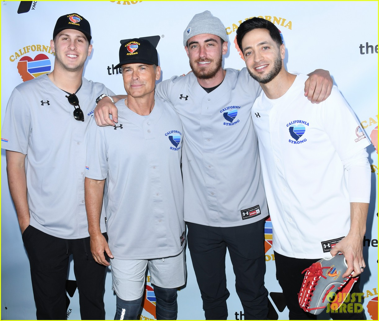 adam sandler colton underwood more team up for celebrity softball benefit game 034415336