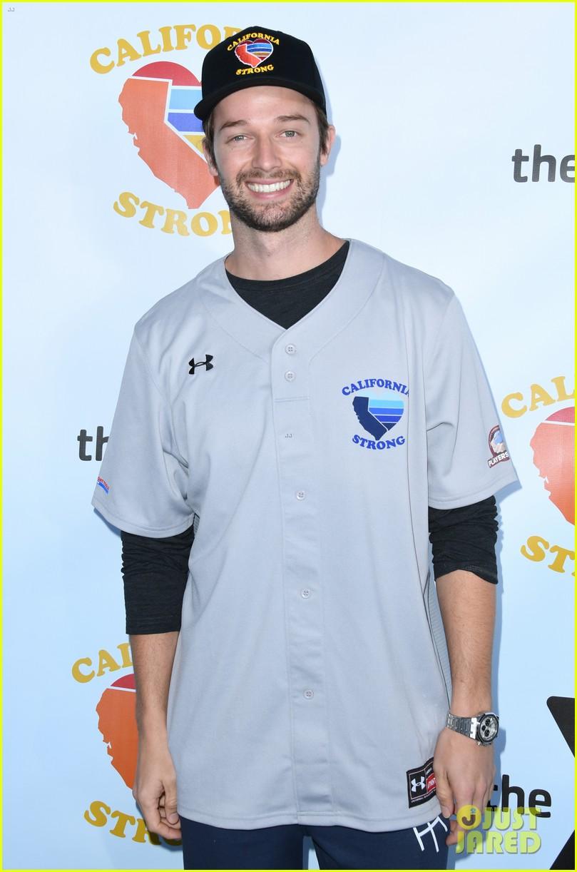 adam sandler colton underwood more team up for celebrity softball benefit game 334415366