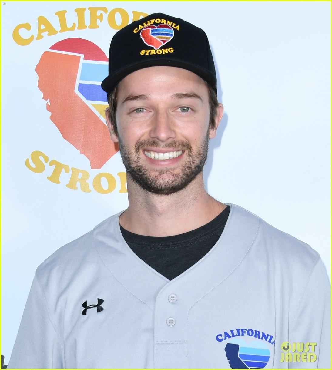 adam sandler colton underwood more team up for celebrity softball benefit game 364415369