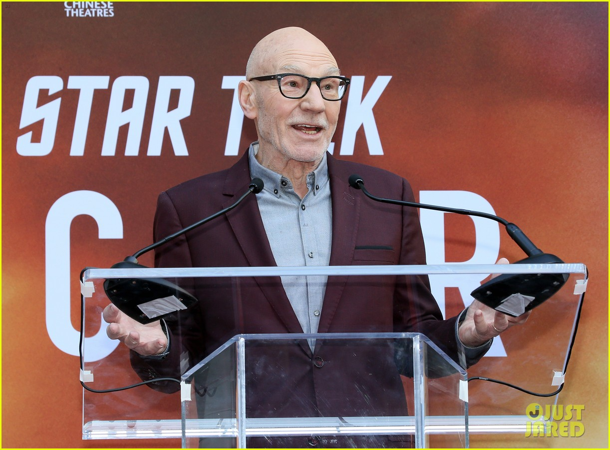 patrick stewart honored hand foot ceremony in hollywood 074415613