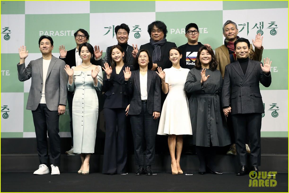 parasite director bong joon ho reveals what martin scorsese told him after oscar win 014439438