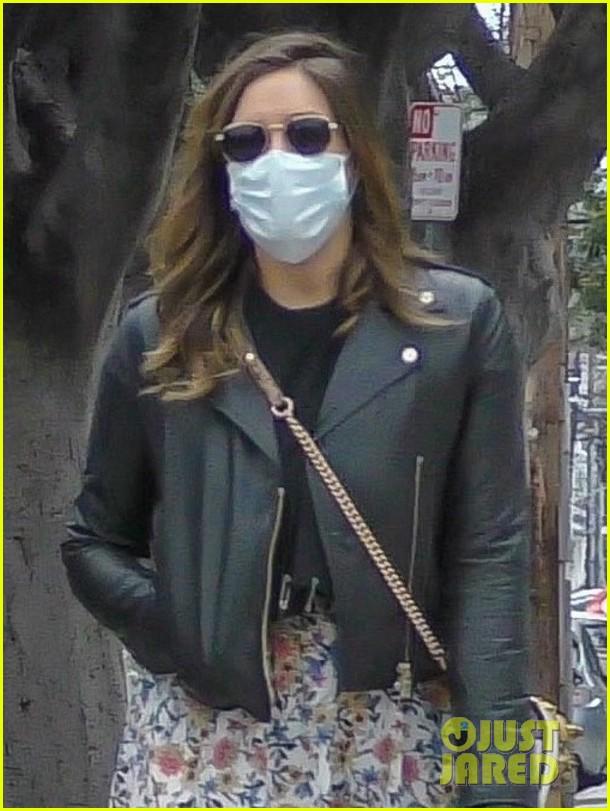 darren criss wife mia cover up for walk around their neighborhood 044454762